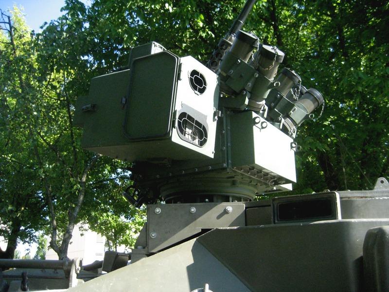 Overhead Remote Controlled Weapon Station – Medium (ORCWS-M) auf dem Radpanzer Pandur © theoderich