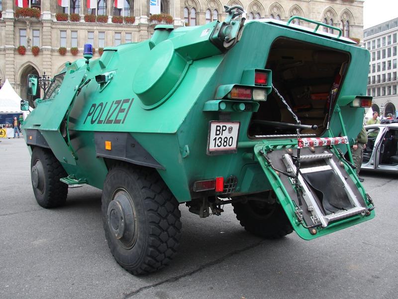 Dieser Panzerwagen steht bei der WEGA im Einsatz © Doppeladler.com