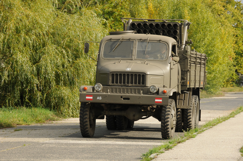 Ende September gab es in der Martinek-Kaserne zwei fahrbereite Praga V-3S © Strobl