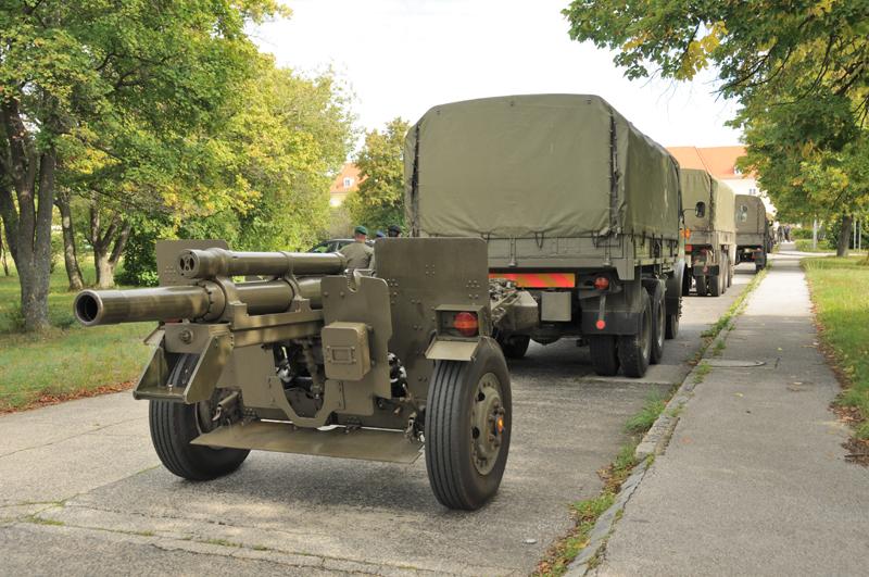 Einige Exemplare der längst ausgemusterten lFH M.2 A1 finden heute noch in der Salut-Batterie Verwendung © Strobl