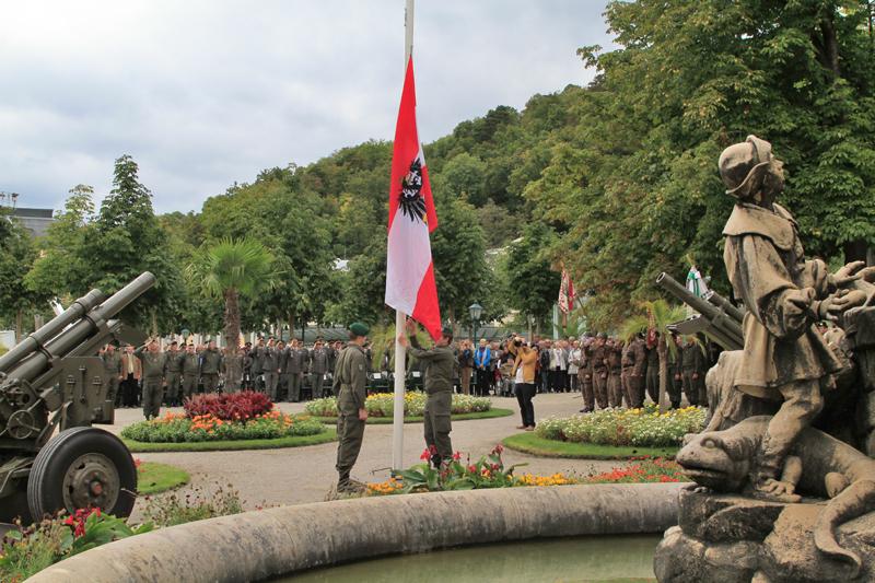 Militärischer Festakt im Kurpark Baden © Köröcz