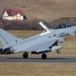 Eurofighter Typhoon 7L-WC bei der Landung mit Bremsklappe © Werner P