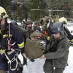 """Übungseinlage für das ERTA-Team (""""Emergency Response Team Air""""). Simuliert wurde ein Unfall eines Bell OH-58B Kiowa © Bundesheer"""