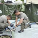 Dann beginnt der Aufbau der Trinkwasseraufbereitungsanlage © Bundesheer