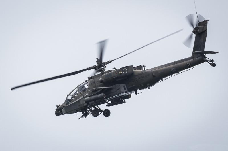 Kampfhubschrauber Boeing AH-64D Apache der US Army © Goran Kroselj