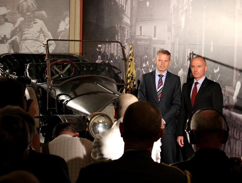 """Natürlich war das berühmte """"Sarajevo-Autos"""" eines der Hauptobjekte der fotografischen und filmischen Aufnahmen"""