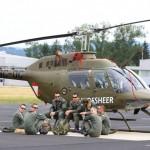 Bundesheer-Besatzungen vor einem ihrer Kiowas © Slow. Streitkräfte