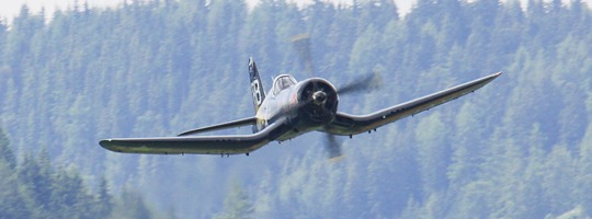 Chance Vought F4U-4 Corsair © Doppeladler.com