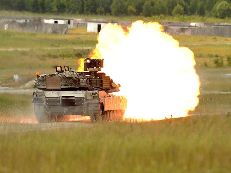M1A2 SEPv2 Abrams beim scharfen Schuss © US Army JMTC
