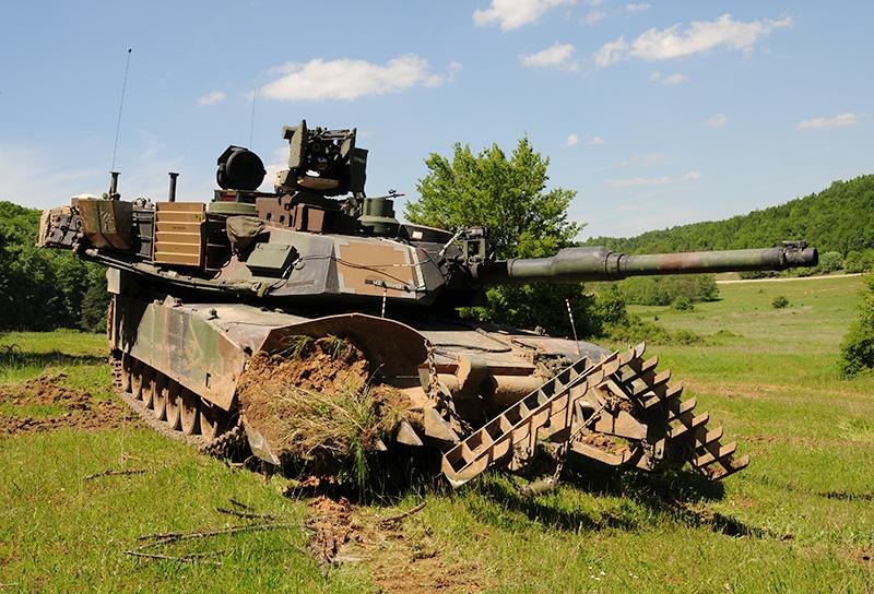 Heavy Metal - M1A2 SEPv2 Abrams mit Minenpflug © R. Zwilling – Tank-Masters.de