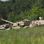 Panzerhaubitzen M-109A6 Paladin und M992A2 Munitionstransporter © US Army - 1/1 CD