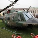 Agusta Bell AB-212 5D-HH nach dem Mid Life Update - erkennbar an den Montagepunkten für das neue Selbstschutzsystem seitlich der Nase
