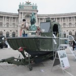 Eines der neuen Arbeits- und Transportboote des Bundesheeres mit bereits deutlichen Gebrauchsspuren
