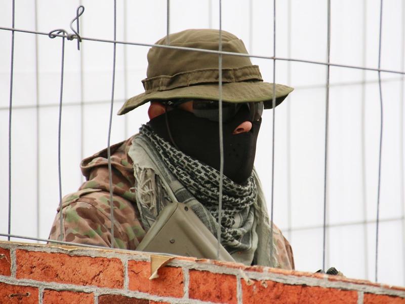 Vorführung des Jägerbataillons 25 (JgB25) - Ein von Terroristen besetztes Haus muss genommen werden