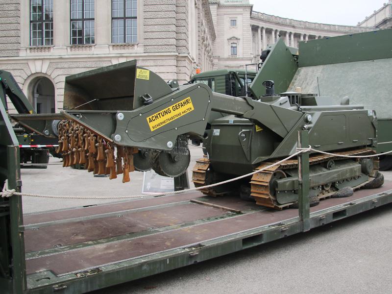 Ferngesteuertes Minenräumsystem leicht MV-4 des kroatischen Herstellers DOK-ING