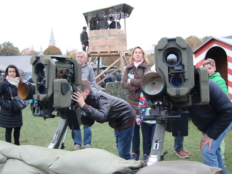 Panzerabwehrlenkwaffen PAL 2000 Bill 2 auf der Milizinsel
