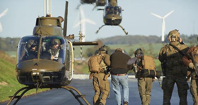 Schneller Zugriff per Bell OH-58 Kiowa © FLVFOT
