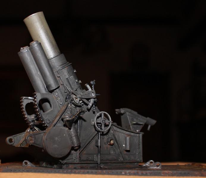 Der 30,5 cm Mörser M.16 – in Steilfeuerstellung