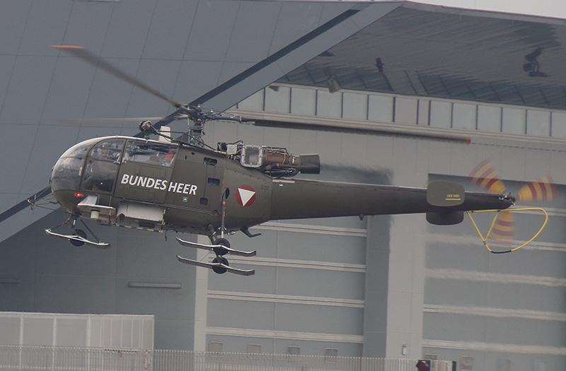 Die Sud-Aviation SA 316B Alouette III mit Einsinkschutz trainieren Einsätze nach Flugunfällen © Stratos