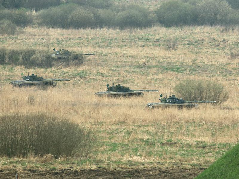 Kampfpanzer T72 M4 CZ rücken vor © Doppeladler.com
