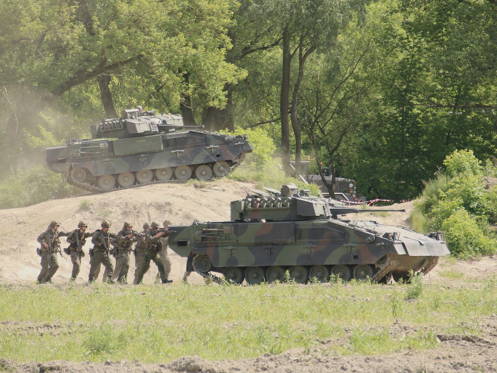 Angriff im Schutz der Ulan © Doppeladler.com