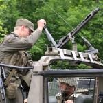 Noch schnell ein MG74 auf den Puch G getaped © Doppeladler.com