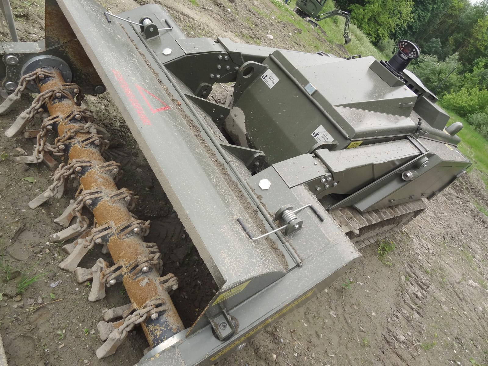 Leichtes ferngesteuertes Minenräumsystem MV-4 von DOK-ING © Doppeladler.com