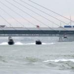 Das Jagdkommando greift mit Speed-Schlauchbooten und Luftunterstützung an © Doppeladler.com