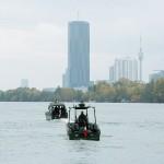 Arbeits- und Transportboot © Doppeladler.com