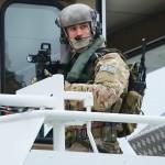 Kommando-Soldat auf der Brücke © Doppeladler.com