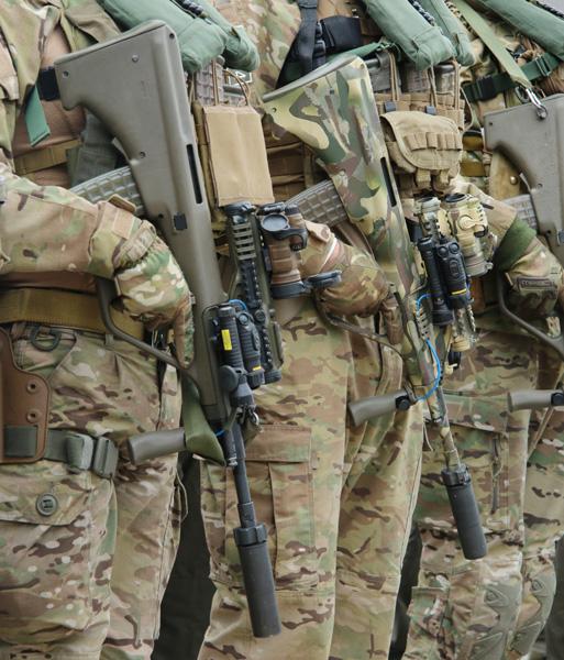 Sturmgewehre StG-77 A2 Commando © Doppeladler.com