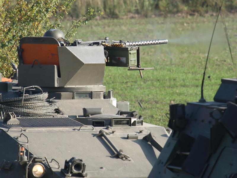 Die Konvoi-Sicherung eröffnet das Feuer © Doppeladler.com
