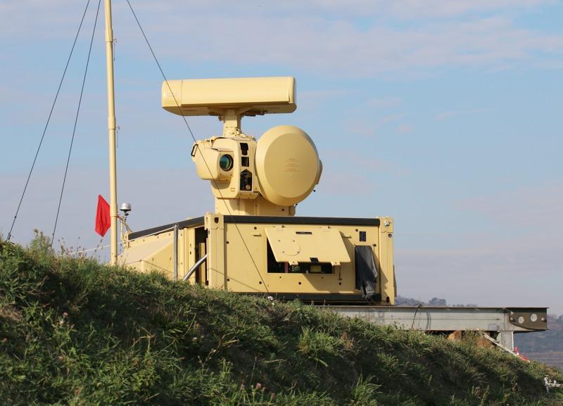 Skyguard-Nachfolger: MANTIS Sensoreinheit SE. Erfassungsreichweite 20 km © Doppeladler.com