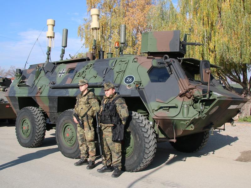 TPz 1 Fuchs CG20+ ist ein Störfahrzeug zur Unterdrückung von Funksignalen wie Fernzündern © Doppeladler.com