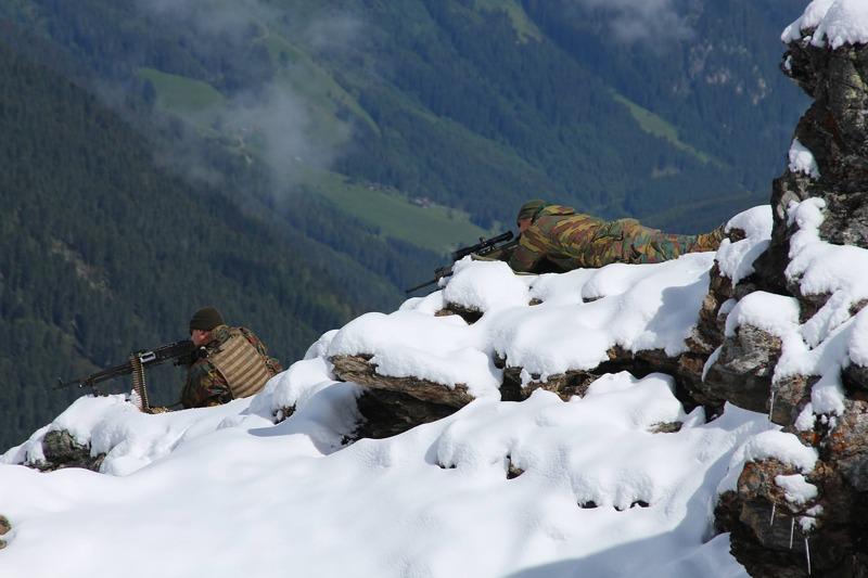 Scharfschütze und MG-Schütze aus Belgien © Bundesheer
