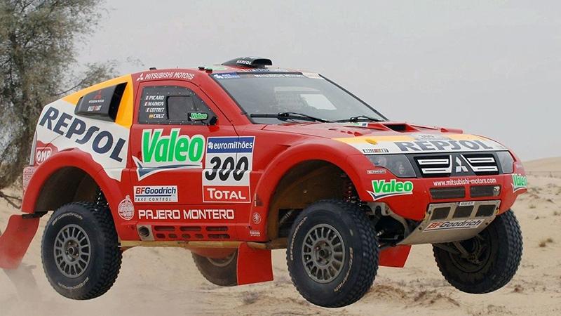 Dakar-Seriensieger Mitsubishi Pajero. Hier der Evolution 2007.