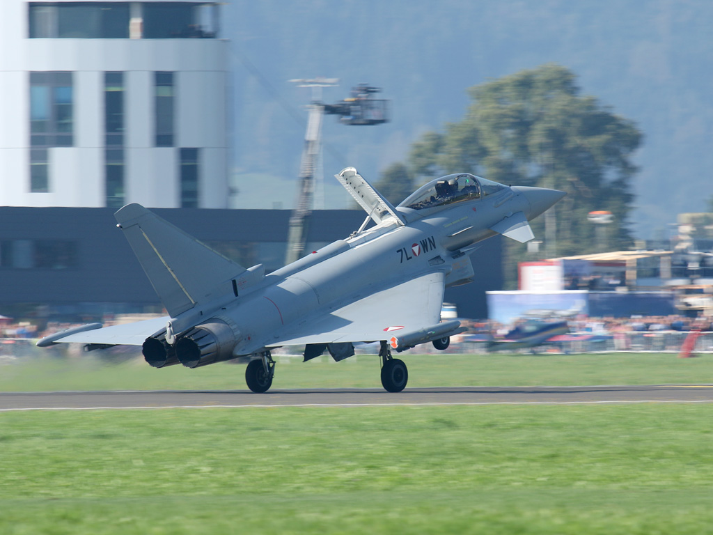 Eurofighter Typhoon 7L-WN © Doppeladler.com