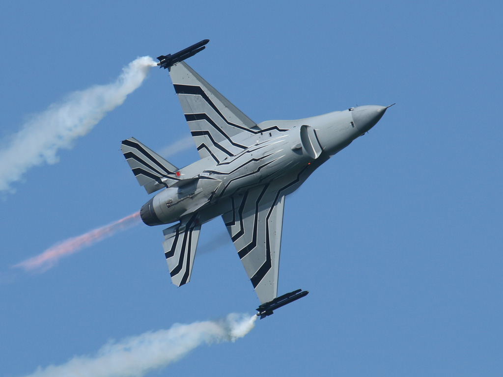 Lockheed Martin F-16AM Fighting Falcon FA-123 © Doppeladler.com