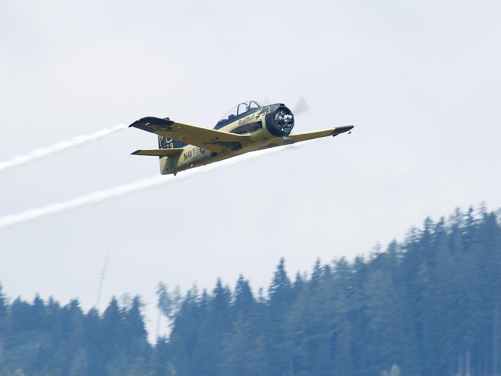 North American T-28 Trojan © Doppeladler.com