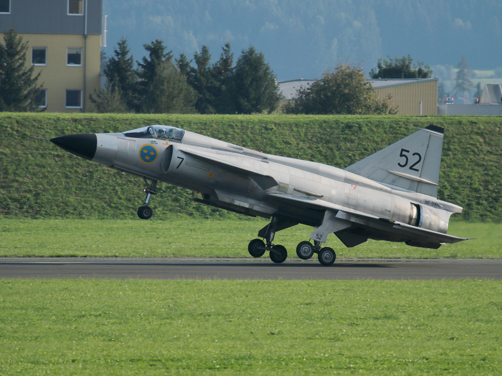 Saab AJS 37 Viggen von Swedish Air Force Historic Flight © Doppeladler.com