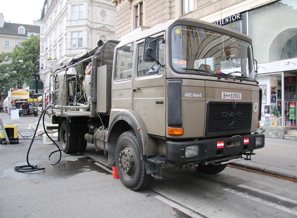 ABC-Dekontaminationsfahrzeug glLKW ÖAF 19.281 4x4 © Doppeladler.com