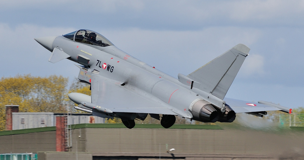 Eurofighter Typhoon 7L-WG © Sven Neumann