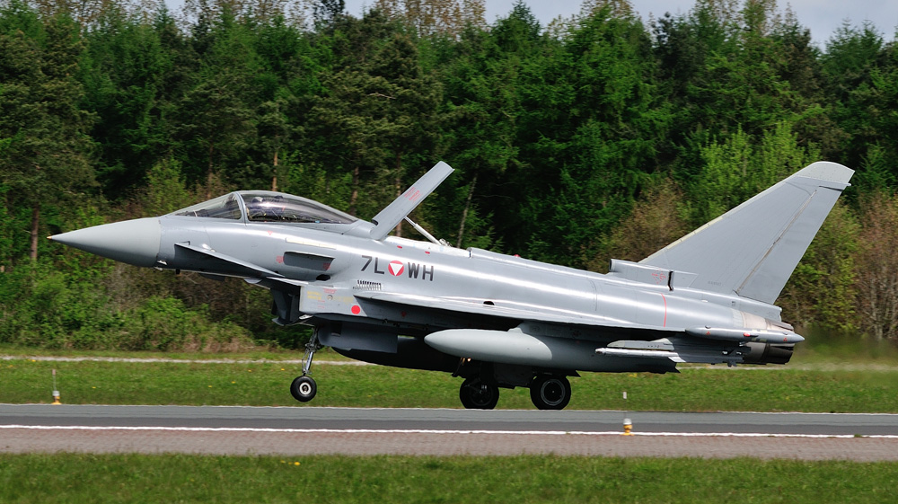 Eurofighter Typhoon 7L-WH © Sven Neumann