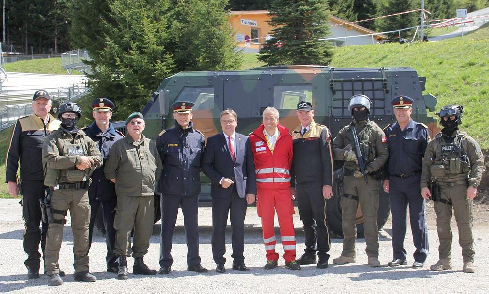 Gruppenfoto der an TROMOS 2017 beteiligten Organisationen © LPD Tirol
