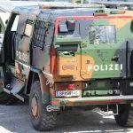 Das Fahrzeug ist immer noch stark als Werbeträger für den Hersteller gebranded © LPD Tirol