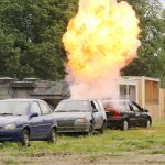 Kontrollierte Sprengung des Fahrzeugs © Doppeladler.com