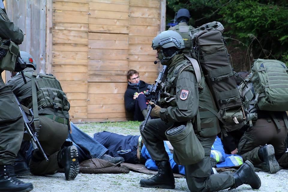 Versorgung der Terroropfer © Bundesheer