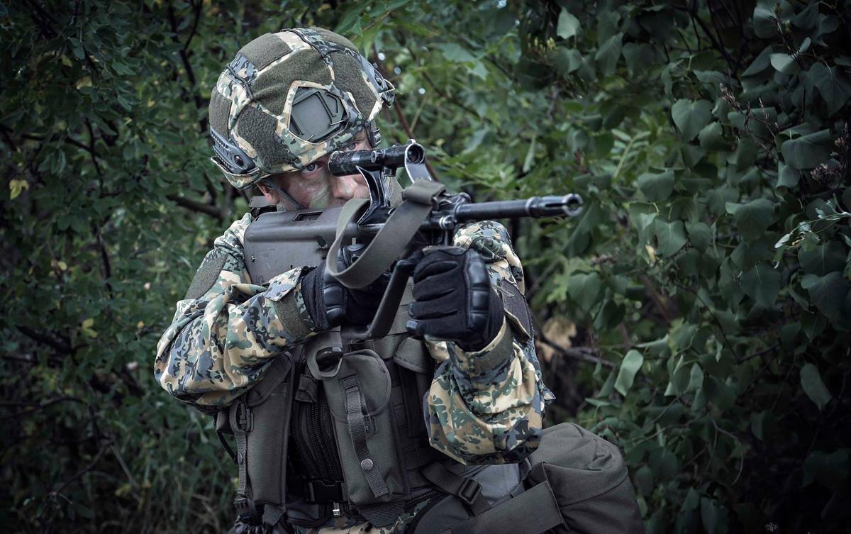 In wie weit auch Kampfwesten Magazintaschen etc. das Tarnmuster erhalten bleibt abzuwarten © Bundesheer