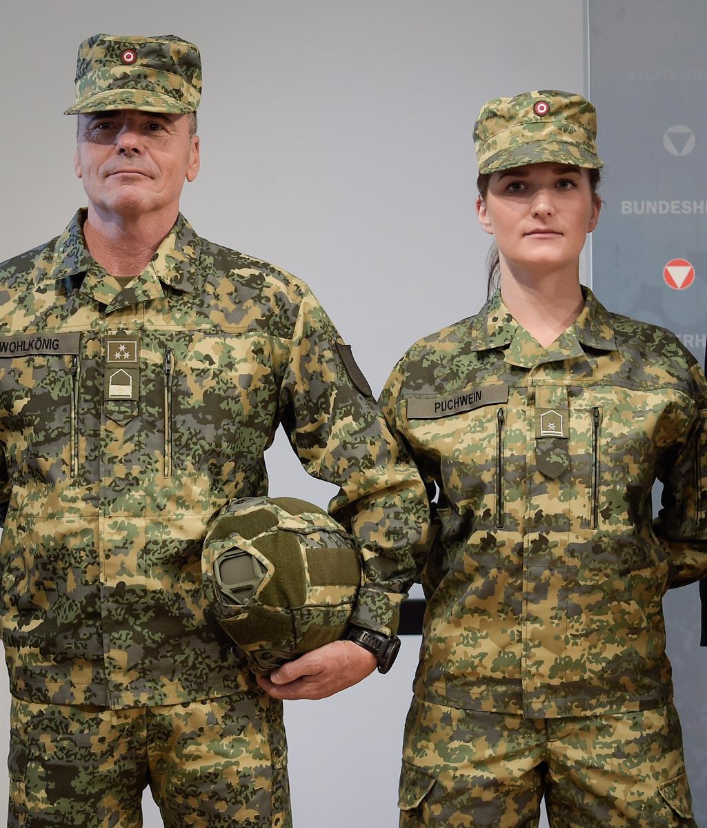 So soll die neue Uniform aussehen - im Kunstlicht des Ministeriums © Bundesheer