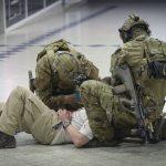 Die Erstversorgung der zahlreichen Verwundeten erfolgt durch Militärische Notfallsanitäter © Bundesheer